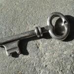 clefs-breloque-pendentif-grosse-cle-co-1001965-dsc06637-c81e0_big